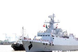 Tàu hộ vệ hải quân Bangladesh thăm hữu nghị Thành phố Hồ Chí Minh