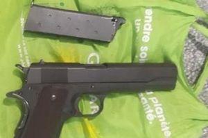 Điều tra đối tượng cho vay tiền, tàng trữ súng phòng thân