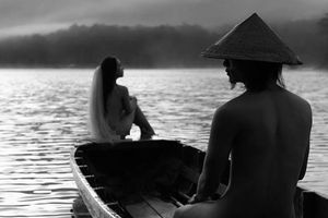 Bộ ảnh cưới nude ở Đà Lạt: Thô tục hay nghệ thuật?