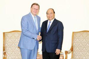 Thủ tướng Nguyễn Xuân Phúc tiếp Thủ hiến Bang Thuy-rin-ghen (CHLB Đức)