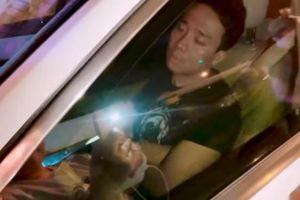 Trấn Thành mệt mỏi ngủ gục trong ô tô vì chuyện gia đình?