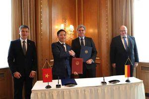 Tập đoàn Siemens hỗ trợ Việt Nam xây dựng cơ sở hạ tầng thông minh