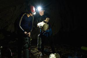 Nhóm thợ lặn giải cứu đội bóng Thái khám phá thêm một bí ẩn của Sơn Đoòng