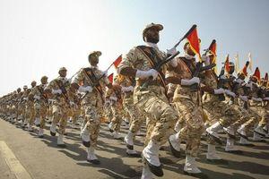 Mỹ - Iran 'ăn miếng trả miếng' liệt quân đội hai nước vào danh sách đen