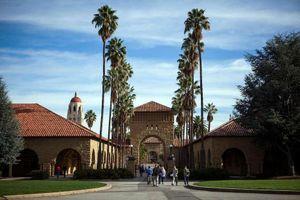 Đại học Stanford buộc thôi học sinh viên 'chạy trường'