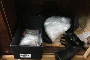TP.HCM: Triệt phá đường dây sử dụng súng, buôn bán ma túy