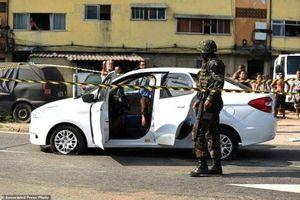 Brazil bắt giữ 10 binh sĩ đã bắn nhầm 80 phát đạn vào xe chở dân thường vô tội