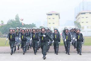 Bộ Tư lệnh CSCĐ nhận Huân chương Quân công hạng Nhất