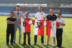 'Đàn em' Công Phượng tập huấn ở CLB từng vô địch Champions League