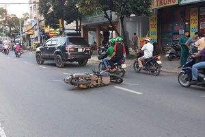 Hoang mang trên đường…