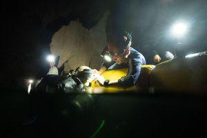 Phát hiện bất ngờ dưới sông ngầm Sơn Đoòng