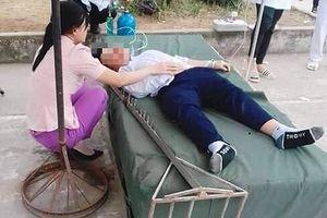 Sào nhảy cao bằng sắt cắm vào đầu một học sinh ở Hải Dương