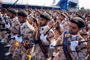Quân đội Iran đe dọa Mỹ