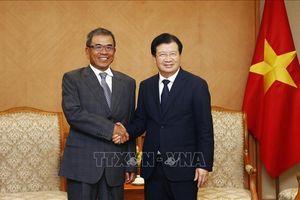 Phó Thủ tướng Trịnh Đình Dũng tiếp Phó Chủ tịch Tập đoàn Compal