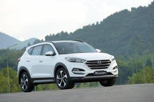 Doanh số Hyundai Tucson tăng đột biến, đại lý khuyến mại mạnh