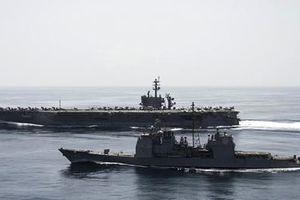 Iran yêu cầu chiến hạm Mỹ tránh xa tàu IRGC ở vùng Vịnh