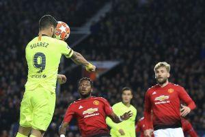 M.U 0-1 Barca: Hàng công bất lực, hàng thủ tội đồ