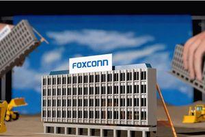 Dự án công nghệ khổng lồ của Foxconn tại Mỹ ngưng trệ