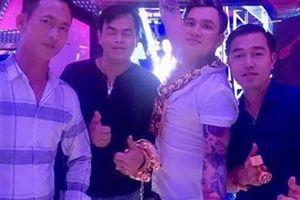 Lâm Chấn Huy chơi thân Phúc XO: 'Chúng tôi vừa bàn nhau mở tiệm vàng'