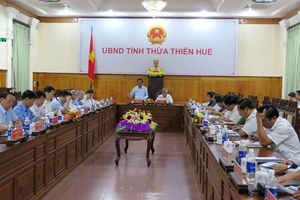 Đoàn công tác Tiểu ban Văn kiện Đại hội XIII làm việc tại Thừa Thiên - Huế