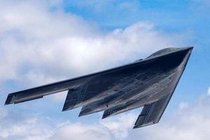 Bị Trung Quốc thách thức, Mỹ cấp tốc cho B-21 Raider bay thử