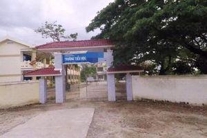 Quảng Ngãi: Chó dữ xông vào trường tiểu học cắn khiến 6 học sinh nhập viện