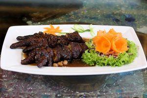 Chân gà Đông Tảo hấp tàu xì, món ngon khó cưỡng ở Hàng Dương Quán