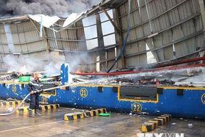 Khống chế kịp thời vụ cháy nhà kho tại Khu công nghiệp Sóng Thần 2