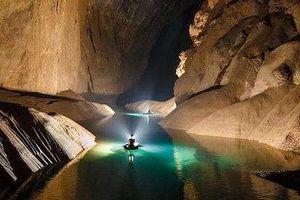 Hé lộ những hình ảnh về dòng sông ngầm khổng lồ trong hang Sơn Đoòng