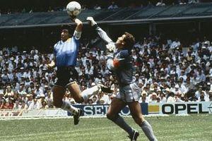 Nhìn lại hai pha bóng kinh điển của Maradona ở tứ kết World Cup 1986