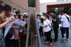 Phát hiện 3 thí sinh được nâng điểm ở Hòa Bình đỗ vào ĐH Ngoại Thương