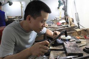Quách Phan Tuấn Anh - người giữ lửa nghề đậu bạc làng Định Công