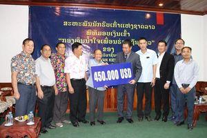 Giúp đỡ Hiệp hội Cựu chiến binh Lào