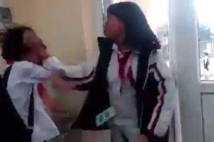 Vụ nữ sinh Quảng Ninh bị đánh túi bụi: Nữ sinh lớp 7 đánh bạn cùng lớp