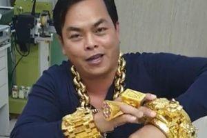 'Choáng' với lò luyện vàng riêng của 'đại gia' Phúc XO