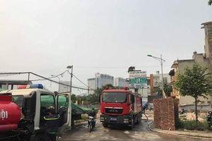 Cận cảnh hiện trường vụ cháy nhà xưởng rộng 1.000m2 ở Hà Nội