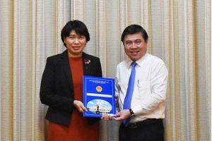 Bà Lê Thị Huỳnh Mai làm Giám đốc Sở Kế hoạch và Đầu tư TP Hồ Chí Minh