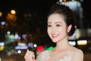 Nén đau sau tai nạn, MC Thùy Linh làm MC Cánh Diều Vàng