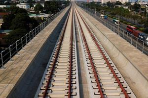 'Lo vốn cho metro số 1, TP.HCM và Bộ Tài chính đừng quá so kè'