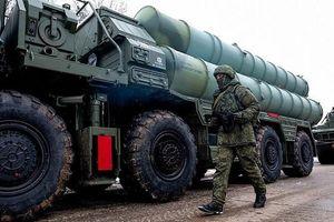Người dân ở Crimea lần đầu được nhìn tận mắt hệ thống S-400