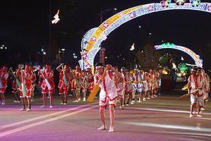 Đặc sắc Lễ hội văn hóa dân gian đường phố chào mừng Giỗ Tổ
