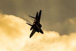 Israel bất ngờ không kích Syria trong đêm