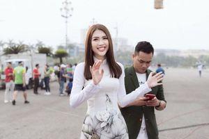 Hoa hậu Tường Linh đồng hành giải đua xe đạp Cup Truyền hình TPHCM