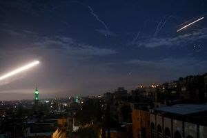Israel bị tố cáo dội tên lửa vào căn cứ quân sự Syria trong đêm