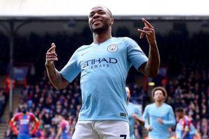 Thắng Crystal Palace 3-1, Man City giành lại ngôi đầu bảng