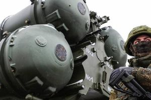 'Cơn ác mộng của NATO' S-400 đủ sức hạ máy bay tàng hình