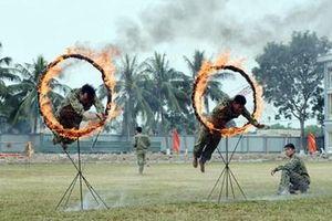 Lấy trình độ tác chiến của bộ đội làm thước đo huấn luyện