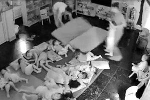 Đình chỉ cơ sở mầm non có nữ nhân viên bạo hành trẻ