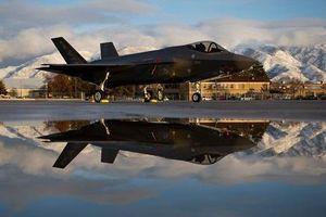 Mỹ lo ngại 'rồng lửa' S-400 của Nga giải mật công nghệ tiêm kích F-35