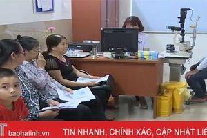 Tự ý nhỏ thuốc, 1 bệnh nhân Hà Tĩnh suýt bị mù vĩnh viễn